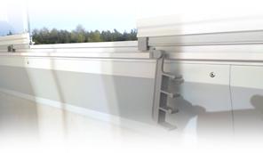 Doplňky lodžií - klempířské prvky k zasklení a zábradlí