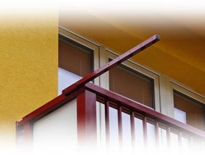 Sušák na zábradlí - detail doplňku pro lodžiová zábradlí