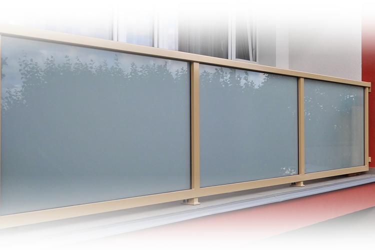 Zábradlí AluClick Standard - s mléčnou skleněnou výplní